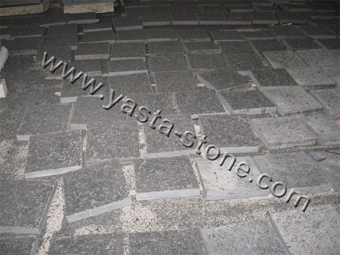 Basalt Flamed Paver China Black Basalt Paver